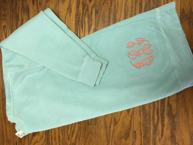 Comfort Colors Sweatshirt with Thread Hip Monogram